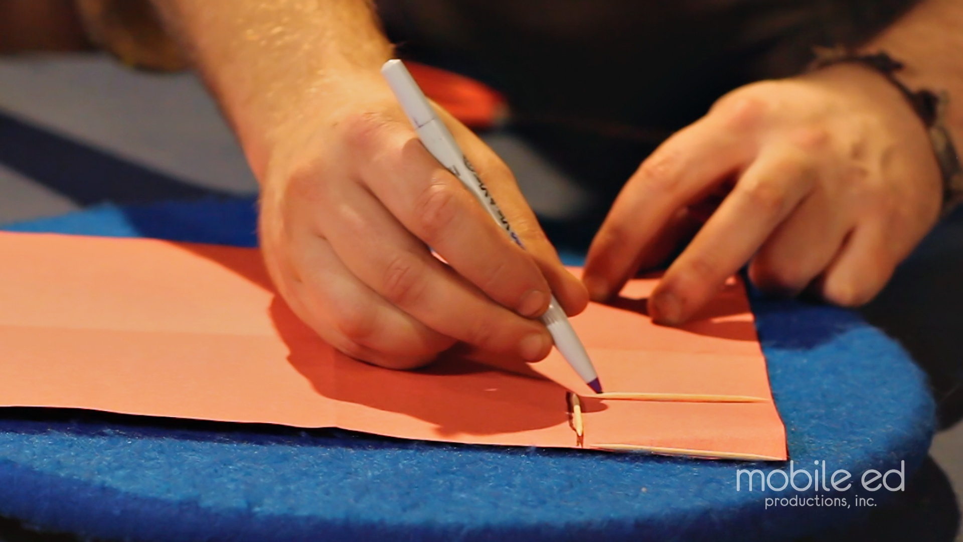 Measure a perfect square | Handy Dan the Junkyard Man | Mobile Ed Productions