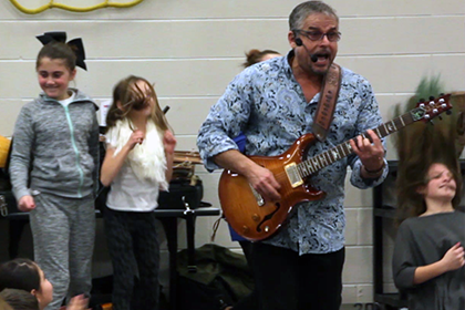 A showcase of several world instruments -- even an electric guitar!
